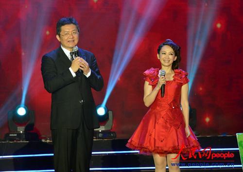 央视著名主持人张斌,小鹿姐姐主持活动