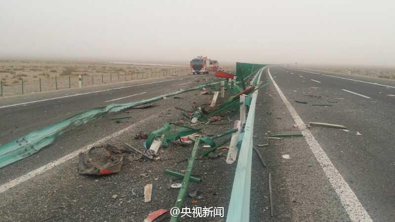 新疆巴楚县发生一起交通事故 致22人死亡