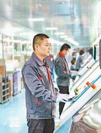江西赣州龙南县推进经济发展转型升级