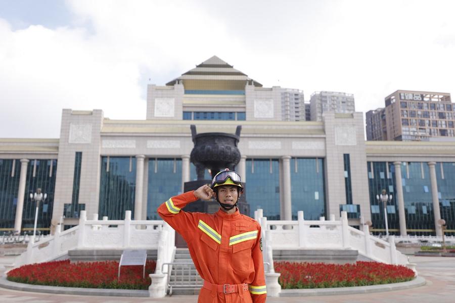 陕西家用医疗箱批发厂家告诉你:逆火前行,救民于水火