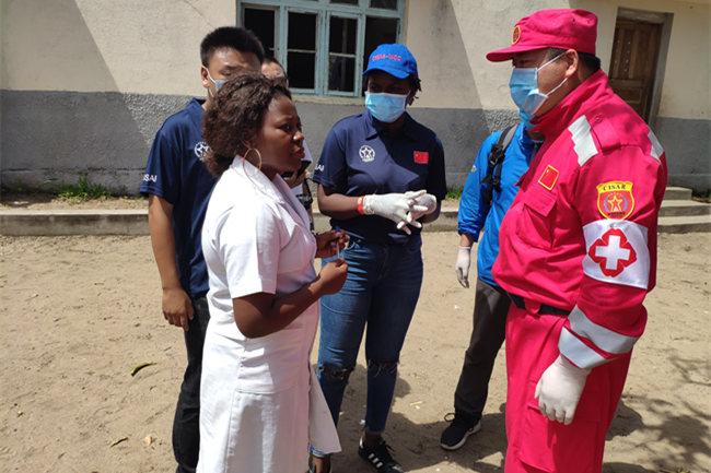 中国救援队医疗分队长朱伟:走出国门的白衣天使