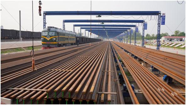 中老铁路老挝段开始铺轨预计2021年底建成通车