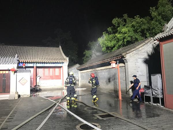北京朝阳消防开展东岳庙古建筑群消防应急救援演练