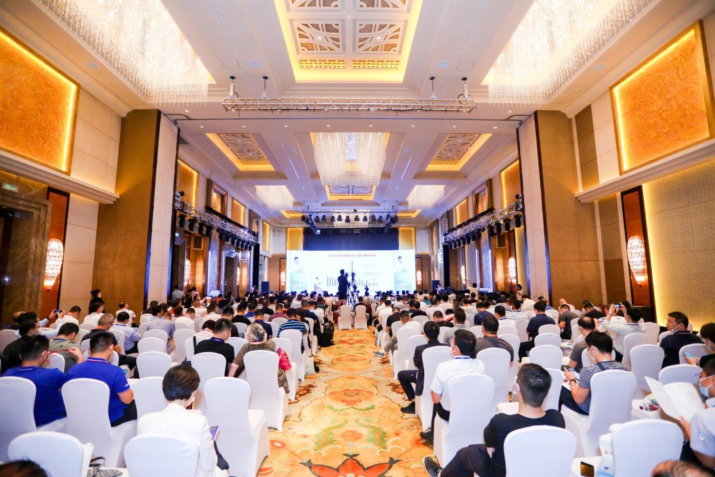 中国药企打响新冠药物竞速赛 谁将成为新冠口服药第一股?