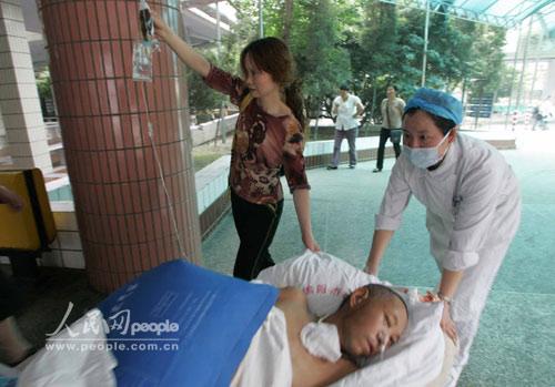 组图:有序的绵阳市中心医院 (4)